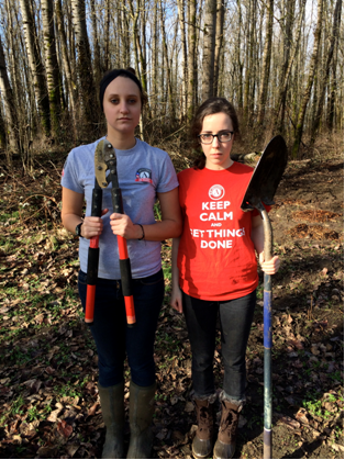 JV AmeriCorps members Ember and Cecelia having some fun during their MLK Day service.